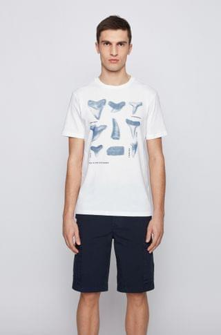 MEN Regular-fit T-shirt in cotton with shark-tooth print