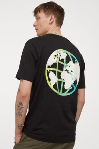 MEN T-shirt with Printed Design