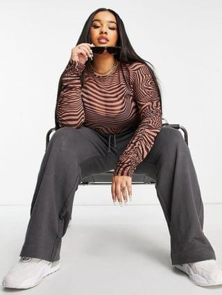 WOMEN Curve mesh top with ruched long sleeves in animal swirl print