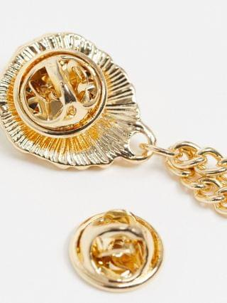collar tips with lion head design in gold tone