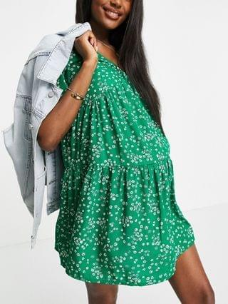 WOMEN Wednesday's Girl Maternity mini smock dress with tiered skirt in green cute floral