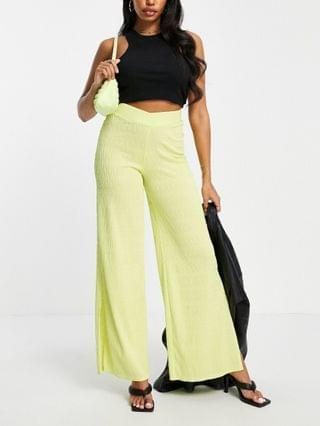 WOMEN LUXE textured wide leg pant with split in lime - part of a set