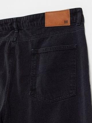 WOMEN Reclaimed Vintage Inspired plus 92' relaxed mom jeans in washed black