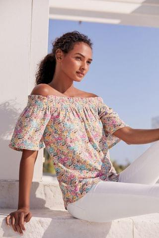 WOMEN Floral Flute Sleeve Top With Linen