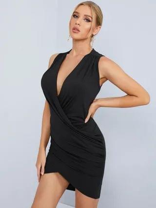 WOMEN Black Crossed Front Design Pleated V-neck Sleeveless Sexy Dress