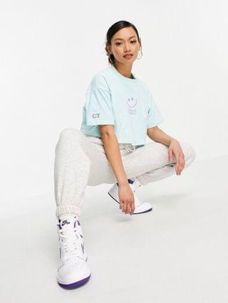 WOMEN Crooked tongues cropped t-shirt with logo in light blue