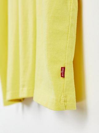 TEST LEVI Levi's stay loose fit rugged dye t-shirt in super lemon yellow