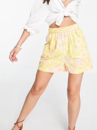 WOMEN Free People palo duro relaxed shorts in retro floral