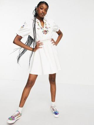 WOMEN Reclaimed Vintage Inspired mini smock dress with puff sleeves and embroidery in white
