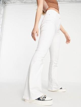 WOMEN Topshop jamie flared jeans in white