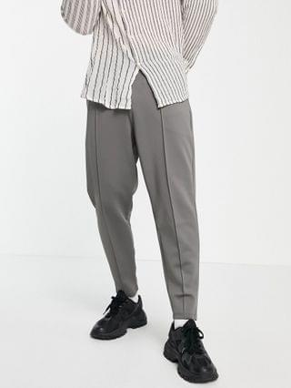 smart tapered sweatpants in gray scuba with fixed hem & pintucks