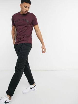 MEN Fred Perry arch branded T-shirt in burgundy