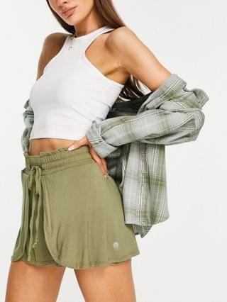 WOMEN Cotton On active coordinating double layer shorts in Khaki