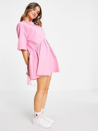 WOMEN oversized mini smock dress with dropped waist in pink