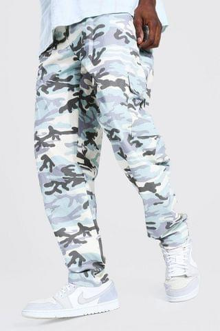 MEN Relaxed Fit Ripstop Camo Twill Cargo Trouser