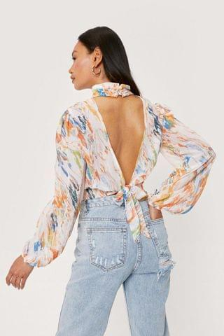 WOMEN Petite Backless Marble Print Cropped Blouse