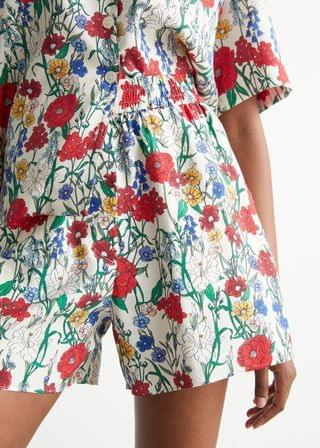 WOMEN Relaxed Floral Print Shorts
