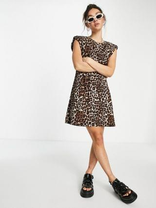 WOMEN Only organic cotton t-shirt dress with padded shoulder in leopard print