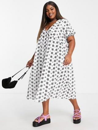 WOMEN Curve broderie V-neck midi dress with empire seam detail in black & white contrast