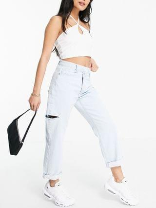 WOMEN Missguided Petite Wrath straight leg jean with rip detail in lightwash blue