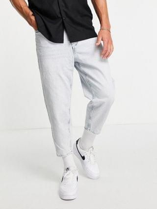 Pull & Bear balloon fit jeans with rips