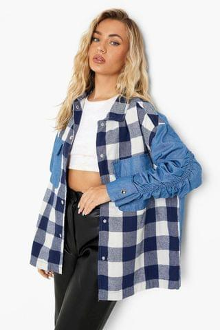 WOMEN Checked Ruched Sleeve Oversized Shirt